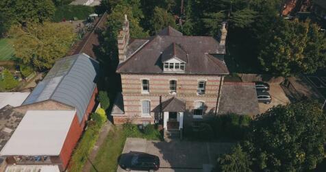 Tilehurst Road, Reading. 9 bedroom detached house for sale