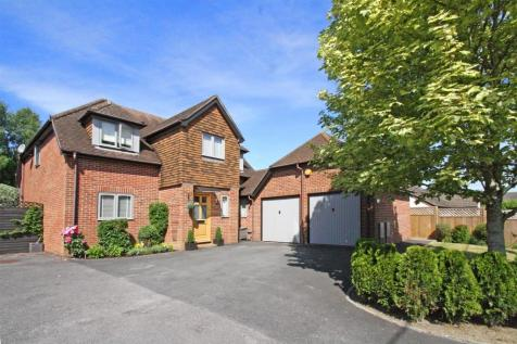 The Yews, Liphook. 4 bedroom detached house for sale