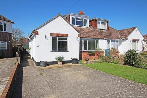 Walnut Avenue, Chichester, West Sussex, PO19, South East - Semi-Detached Bungalow / 3 bedroom semi-detached bungalow for sale / £365,000
