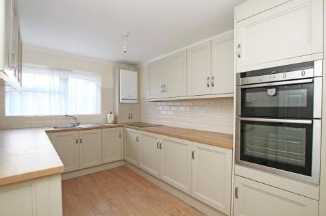 Lennox Road, Chichester, West Sussex,. 2 bedroom ground floor flat for sale