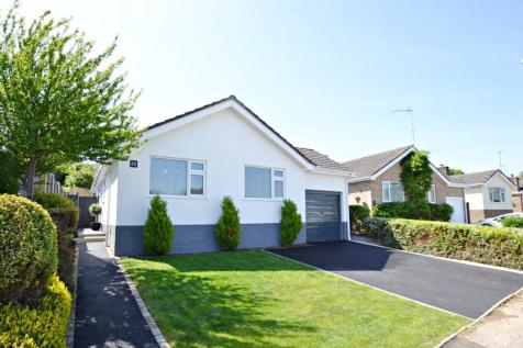 Corfe Mullen. 3 bedroom bungalow