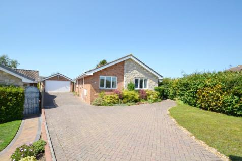 Lytchett Matravers. 2 bedroom bungalow