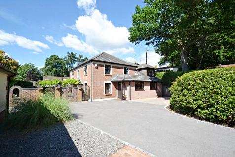 Broadstone. 6 bedroom detached house