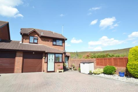Canford Heath. 3 bedroom house