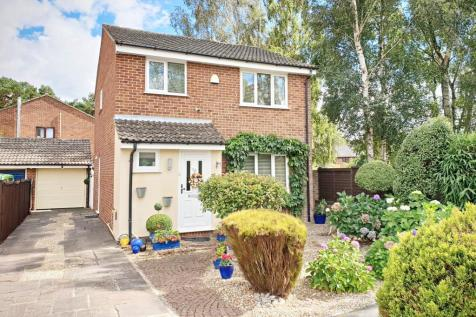 Canford Heath West. 3 bedroom detached house