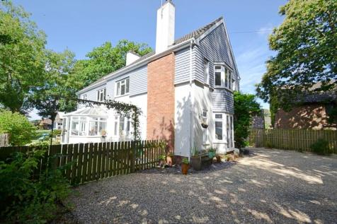 Corfe Mullen. 7 bedroom detached house