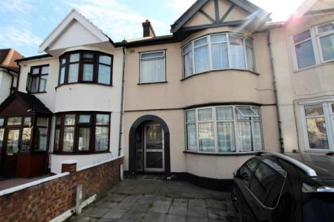 Green Lane, Ilford, Essex, IG1. 3 bedroom terraced house