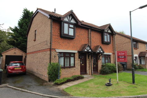 Flaxley Drive, Hereford. 3 bedroom semi-detached house