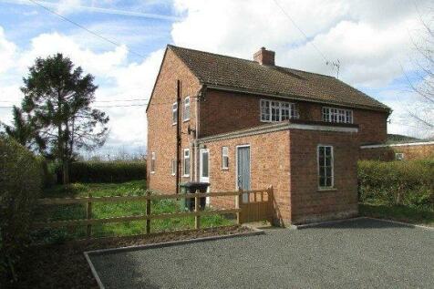 Cherry Orchard, Tillington, Hereford. 3 bedroom semi-detached house