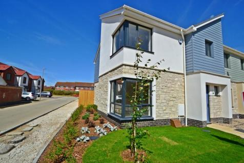Weymouth. 3 bedroom end of terrace house