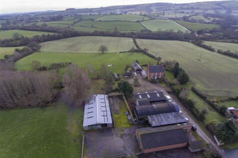 Middletown, Welshpool, Mid Wales - Detached / 4 bedroom detached house for sale / £1,109,000