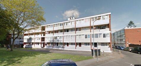 Holybourne Avenue, London. 5 bedroom flat