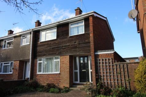 Parklands Way, Chelmsford, CM2. 3 bedroom terraced house