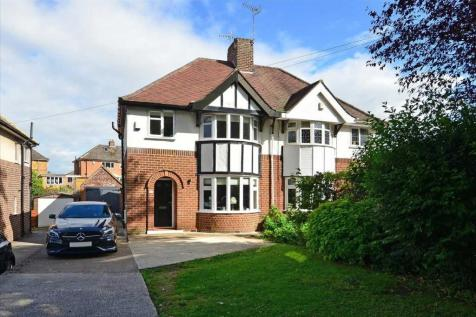 Walton Road. 3 bedroom semi-detached house