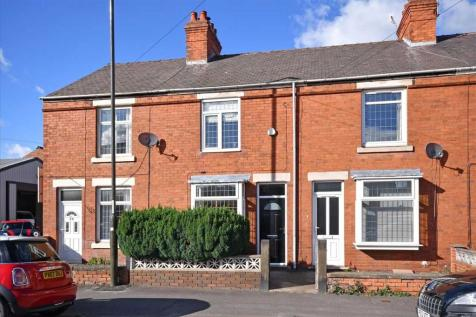 Old Road. 2 bedroom house for sale