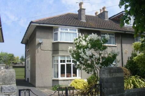 Quantock Road, Weston-super-Mare, North Somerset. 2 bedroom flat