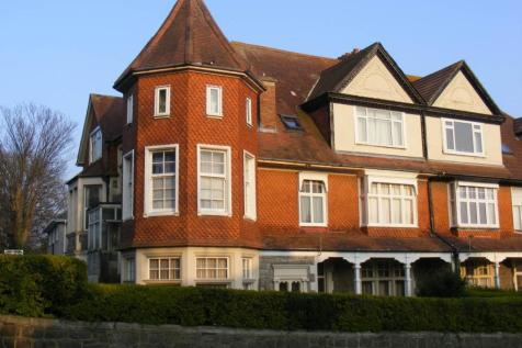 Trewartha Park, Weston-super-Mare, North Somerset. 1 bedroom flat