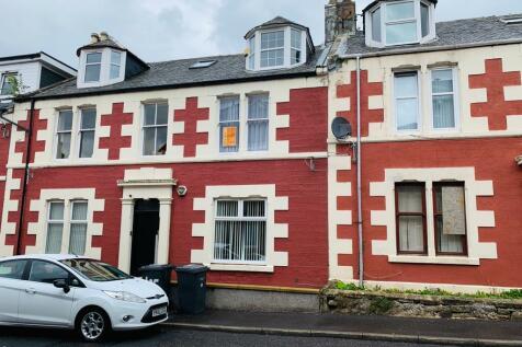 105 Nelson Street 1/R, Largs, KA30 9JF. 1 bedroom flat