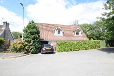 St. Cenydd Close, Caerphilly. 3 bedroom detached bungalow