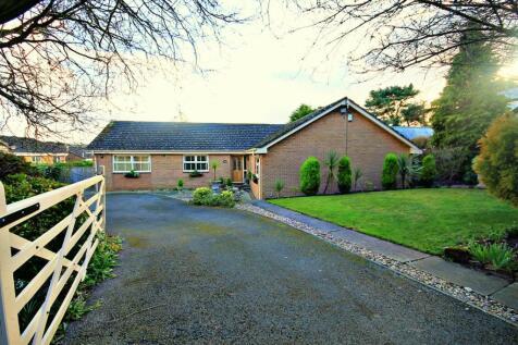 High Shincliffe, Durham. 4 bedroom detached bungalow