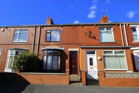 Mill Road, Langley Moor. 3 bedroom terraced house