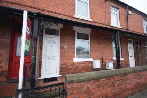 Mold Road, Wrexham. 1 bedroom house