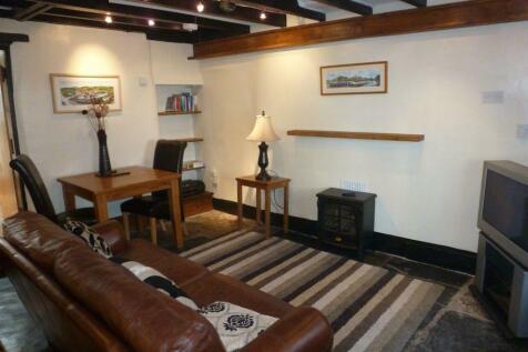 Castle Street, Llangollen, Denbighshire. 1 bedroom cottage