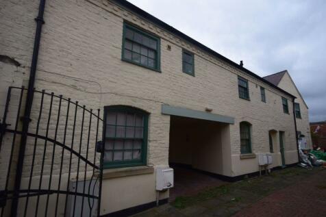 Chester Street, Wrexham. 1 bedroom flat