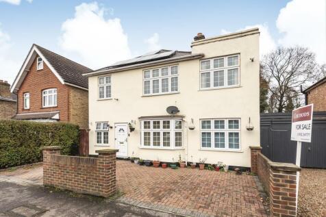 Felcott Road, Walton-On-Thames, KT12. 5 bedroom detached house for sale