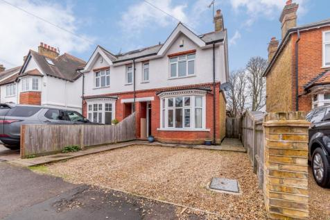 Kings Road, Walton On Thames, KT12. 4 bedroom semi-detached house for sale