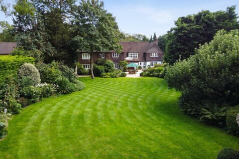 Cranley Road, Walton-On-Thames, KT12. 6 bedroom detached house for sale