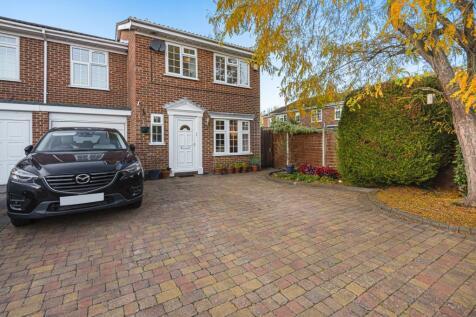 Mayfield Gardens, Walton-On-Thames, KT12. 4 bedroom semi-detached house for sale