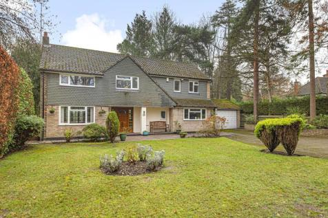 Pyrford Woods Road, Pyrford, GU22. 5 bedroom detached house for sale