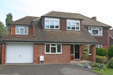 Hacketts Lane, Pyrford, GU22. 4 bedroom detached house for sale