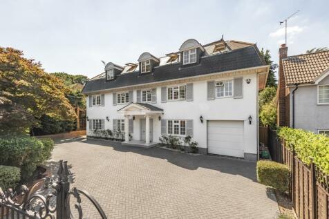 Old Avenue, Weybridge, KT13. 4 bedroom detached house for sale