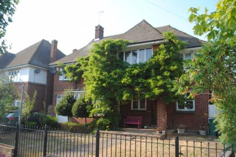 St Vincents Road, Westcliff on Sea. 5 bedroom detached house for sale