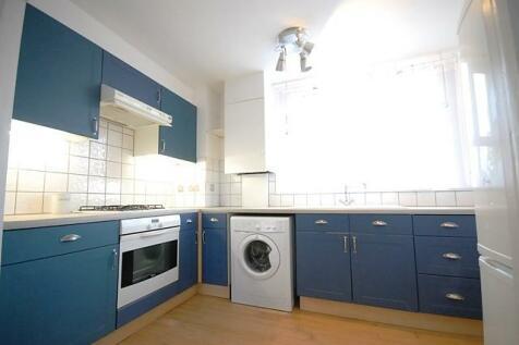 Keevil Drive, Wimbledon, London, SW19. 2 bedroom flat