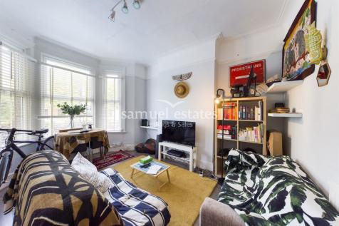 Plough Lane, Wimbledon, SW19. 1 bedroom flat
