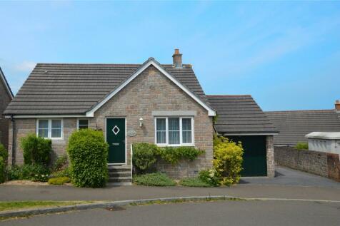 De Brionne Heights, Okehampton, Devon. 4 bedroom detached house