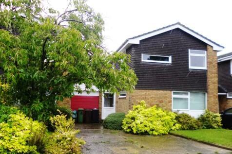 Sandrige, St Albans, AL4. 3 bedroom detached house