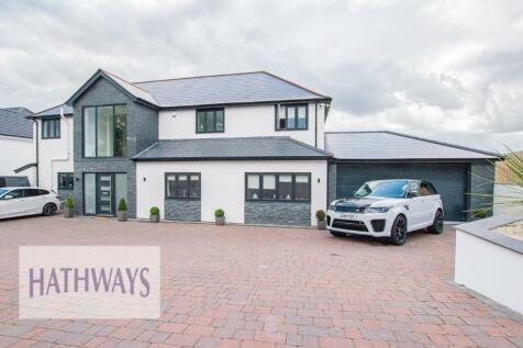 Sluvad Road, Pontypool, Monmouthshire, Torfaen, NP4. 5 bedroom detached house for sale