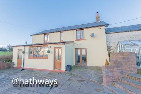 Pontypool, Monmouthshire, Torfaen, NP4. 3 bedroom detached house