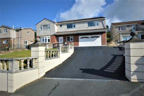 Devonia Close, Plymouth, Devon. 6 bedroom detached house