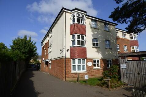 Whitespar, Sidcup. 2 bedroom flat