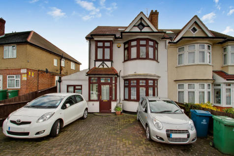 Greenford Road, Harrow, Middlesex, HA1. 5 bedroom semi-detached house