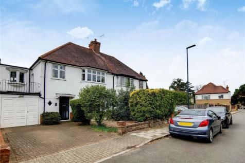 Hilltop Way, Stanmore, HA7. 4 bedroom semi-detached house