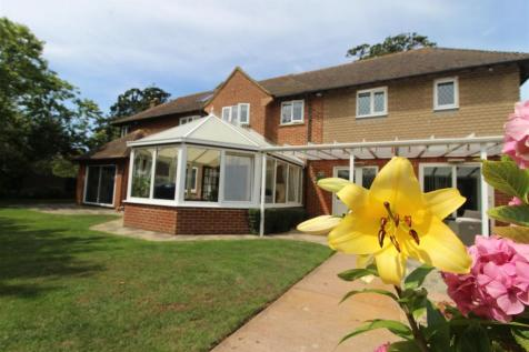 Old Green Road, Broadstairs. 5 bedroom detached house