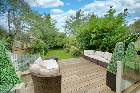 Wandsworth Common North Side, London, SW18. 4 bedroom detached house for sale