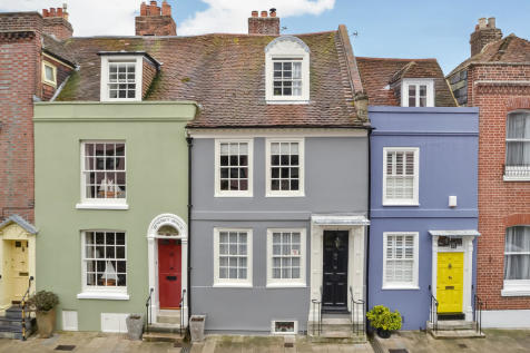 Old Portsmouth, Hampshire. 4 bedroom town house for sale