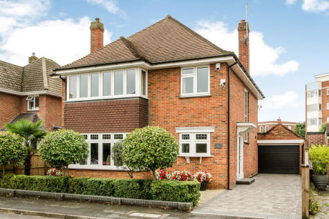 Southsea, Hampshire. 4 bedroom detached house